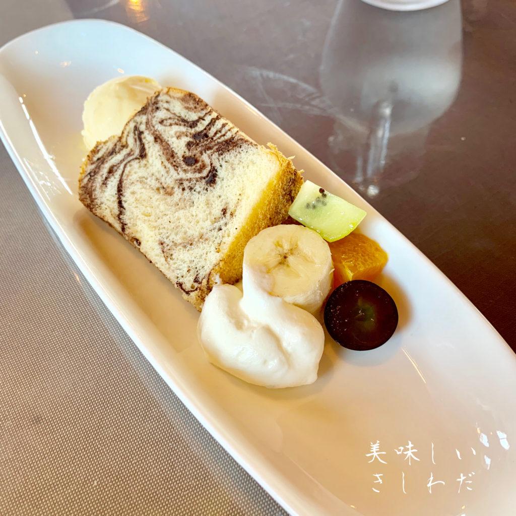 岸和田市にあるレガーロのデザート