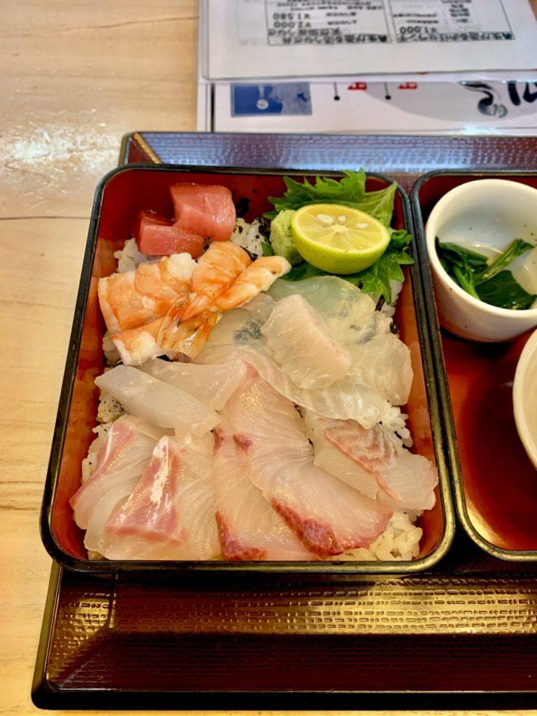 岸和田で海鮮食べるならあなよし